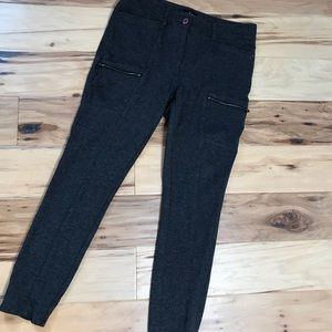WHBM Sz 6 gray skinny ankle pants with zippers